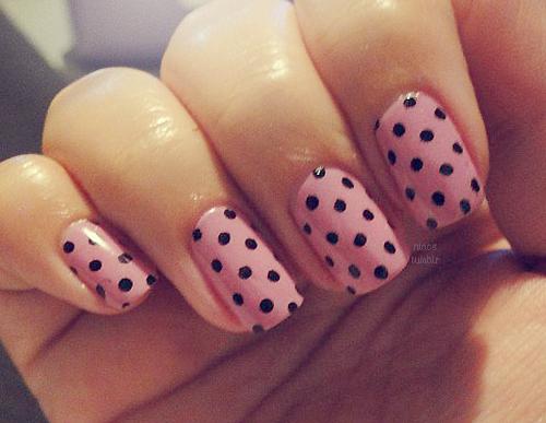 Nail art good girls inc polka dots sciox Image collections